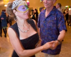 2013-nbds-masquerade-party-57